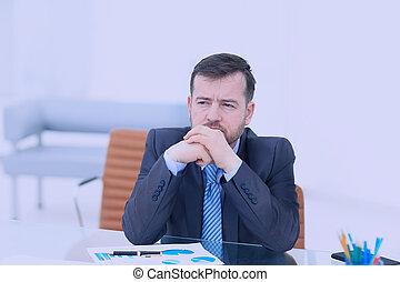 barbe, garder, sien, bureau fonctionnant, exhausted., séance, yeux, jeune, quoique, endroit, nez, fermé, sentiment, frustré, masser, homme