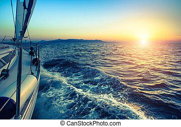 barca, in, navigazione, regata, durante, sunset.
