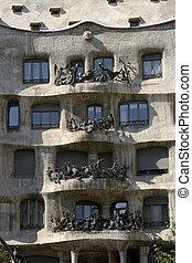 Barcelona architecture - Gaudi\\\'s Casa Mila in Barcelona,...