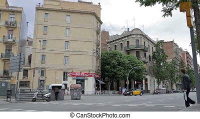 Barcelona city life - BARCELONA - MAY 26, 2012: City...