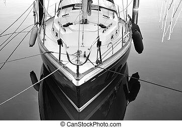 barco, atracó