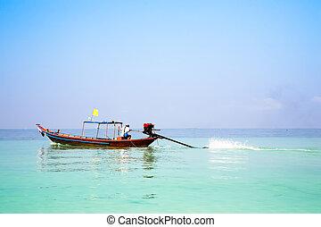 barco de longtail