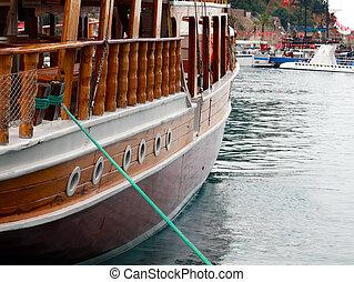 barco de recreo, elementos, exterior