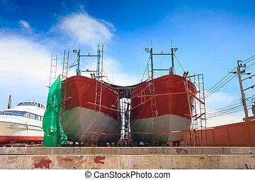 barco, esperar, para, reparaciones, en, un, muelle seco