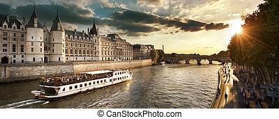 barco, viaje, en, río de la jábega, en, parís, con, sunset., parís, francia
