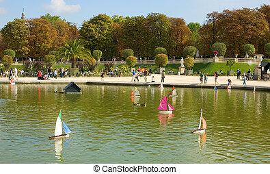 barcos del juguete, en, el, luxemburgo, jardín parís, francia