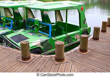 barcos, en el parque