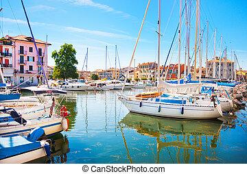 barcos, en, grado, italia