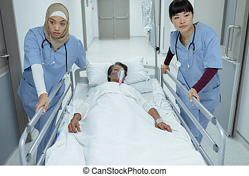 barella, femmina, corridoio, emergenza, dottori, letto, spinta