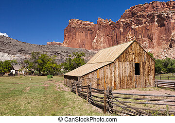 Old barn in Fruita at the Capitol Reef National Park in south-central Utah.