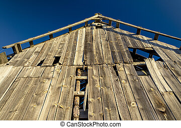 Barn front looking to the sky