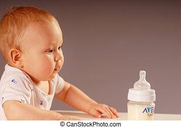 barn, med, a, utfodring buteljera