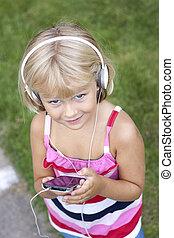 barn, med, smartphone, och, hörlurar