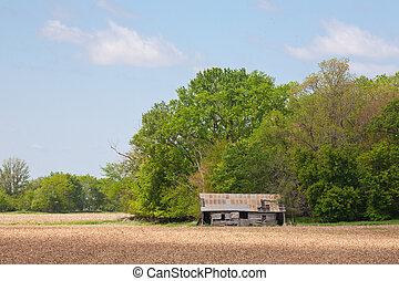 Barn on the prairie