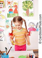 barn, preschooler, målning, in, classroom.