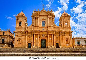 baroke trant, kathedraal, in, oude stad, noto, sicilië