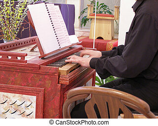 baroque box organ keyboard