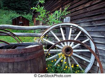 Barrel & Wagon Wheel