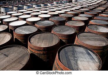 barriles, whisky