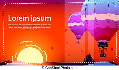 barwny, na, przelotny, niebo, powietrze, zachód słońca, morze, balony, krajobraz