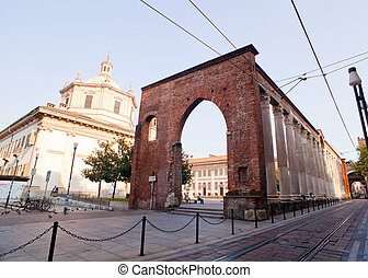 basílica, lorenzo, san, milan, columnas