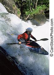 bas, femme, kayaking, jeune, chute eau