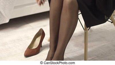 bas, femme, mettre, nylon