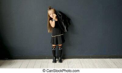 bascule, girl, style