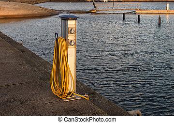 base, pour, eau, et, alimentation énergie, pour, yachts, et, bateaux