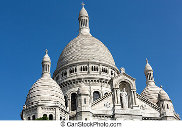 Basilica of the Sacre Coeur on Montmartre, Paris, France