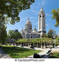 Sacre Coeur, Montmartre, Paris blue sky backgrount.