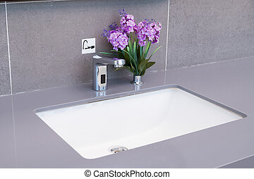 Basin in a modern bathroom.