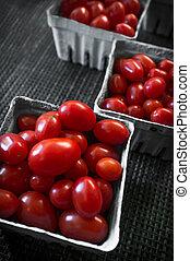 Baskets Grape Tomatoes - Baskets of fresh organic red grape...