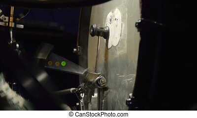 Bass drum pedal in action. Play drums. - Student learning to...