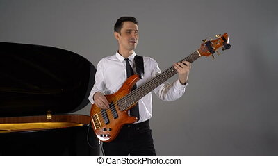 basse jouant, homme, guitare