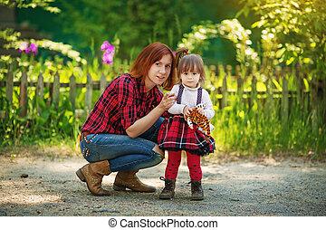 bastante, sonriente, madre e hija