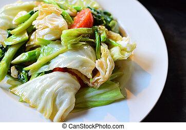 bata frito, variedad de verduras