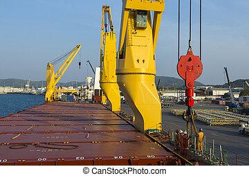 bateau, chargement, ouvrier, port