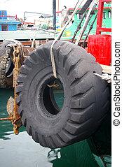bateau, dehors, pneu