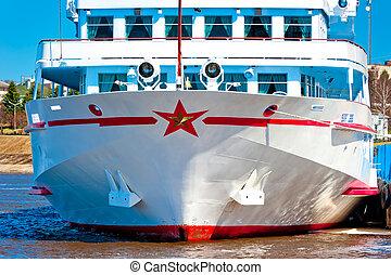 bateau passager, jetée