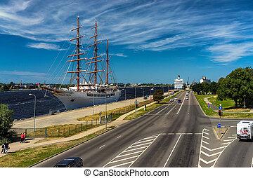 bateau, riga, three-masted, port