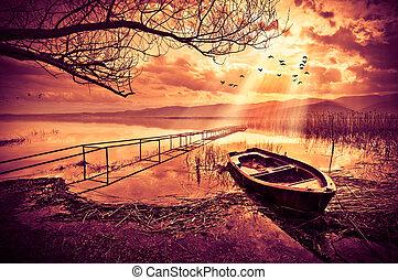 bateau, sur, les, lac, à, coucher soleil