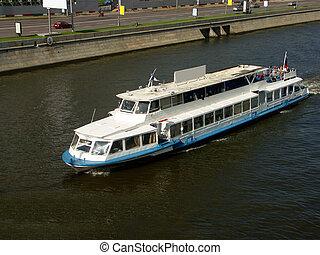 bateau, sur, rivière