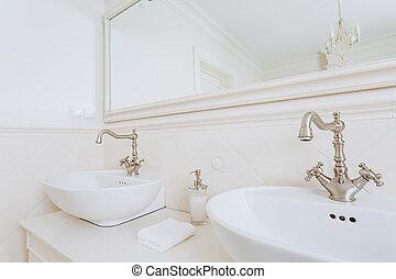 Bathroom for a couple
