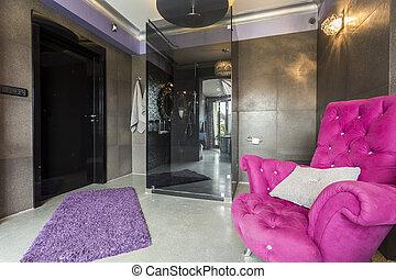 Bathroom with shiny walls