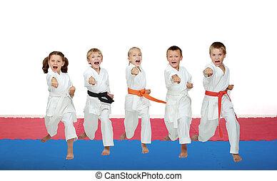 battement, karaté, athlètes, cinq, poinçon