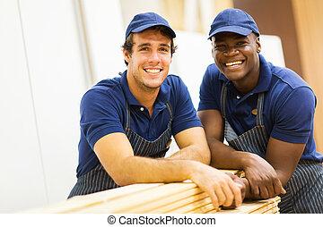 baumarkt, mitarbeiter