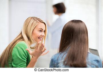 bavardage, conférence, eduquer fille, étudiant