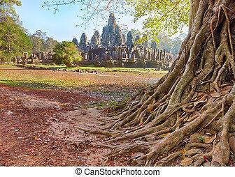 Bayon temple statue, Angkor, Siem Reap, Cambodia - Bayon...