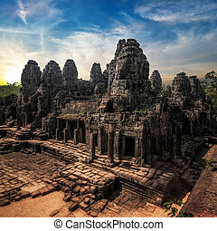 bayon, vue, surprenant, siem, complexe, wat, temple, angkor, sunset.